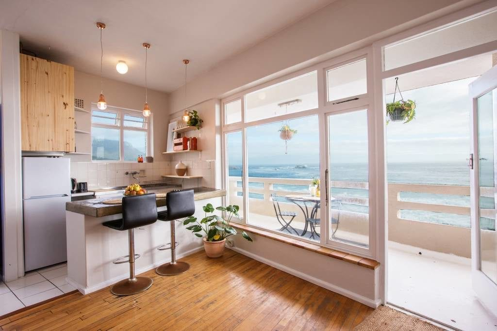 5 Hacks To Earn Mega Points On Airbnb Stays - God Save The