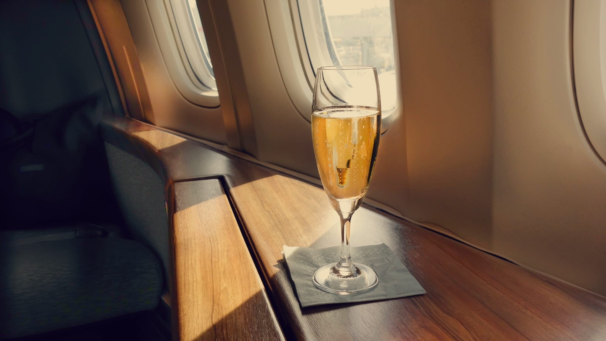 10 First World Problems You'll Find Flying Business Class... - God Save The Points