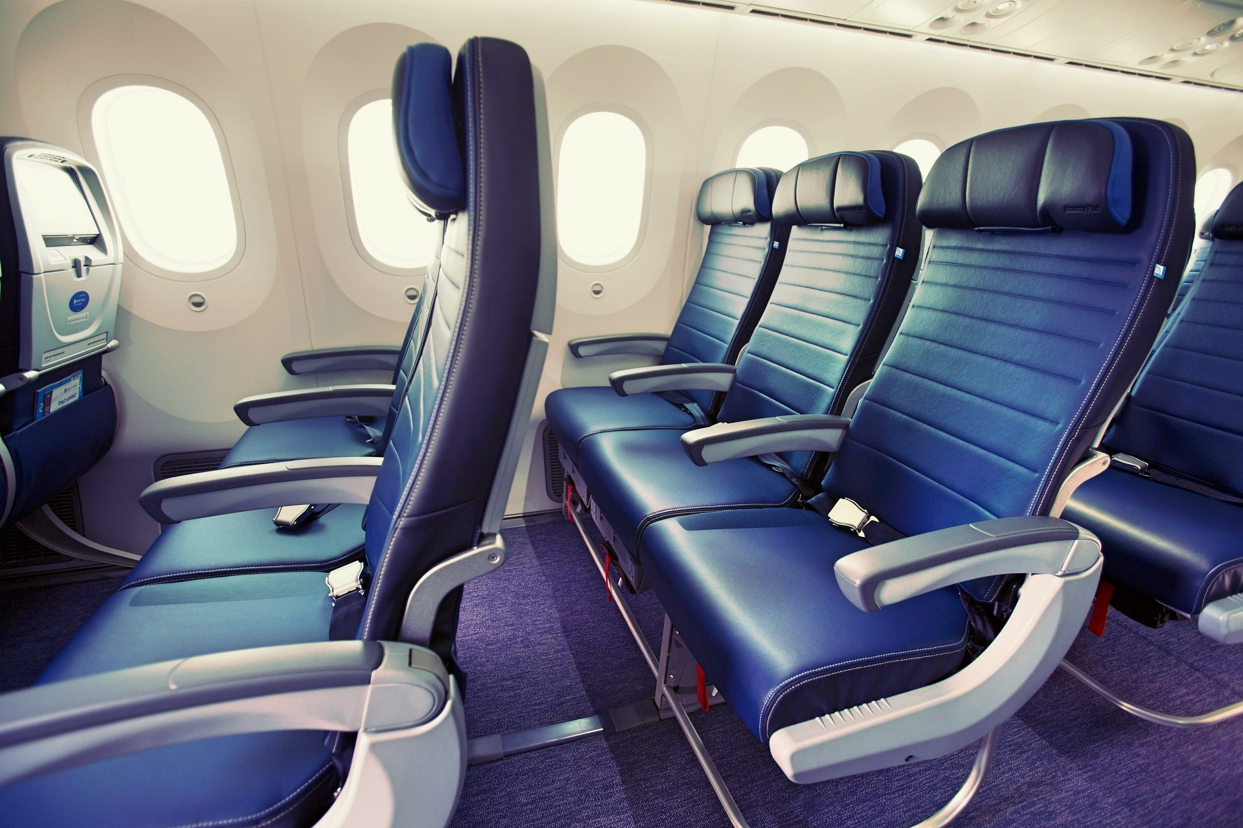 United Airlines Thinks Aisle Seats Should Cost More Than