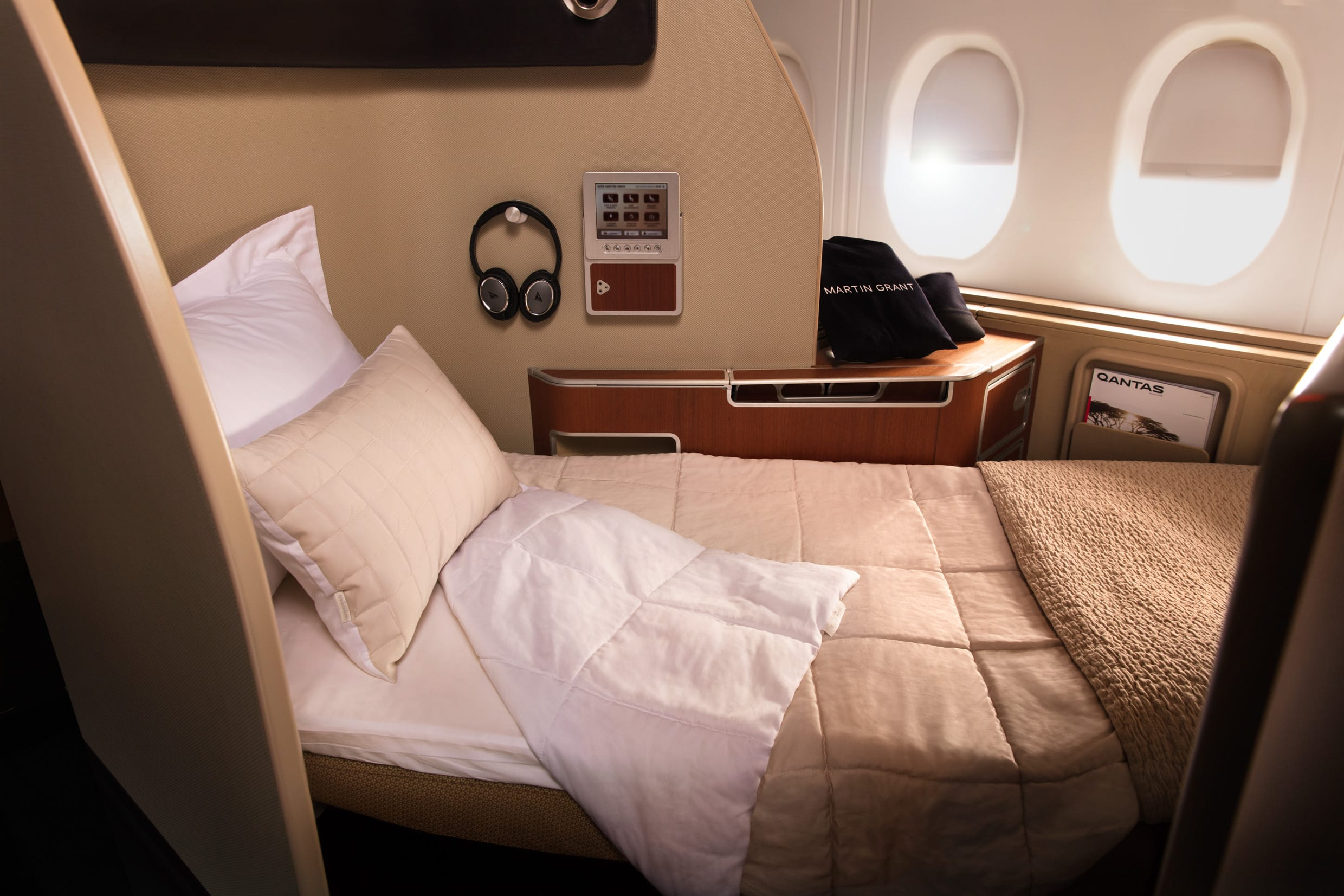 What S The Difference Between First Class And Business