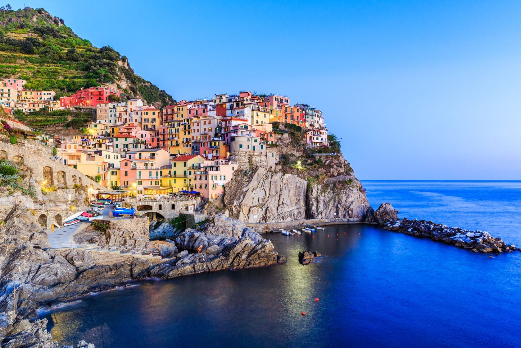 An Easy Guide To Visiting Italy's (Gorgeous) Cinque Terre...