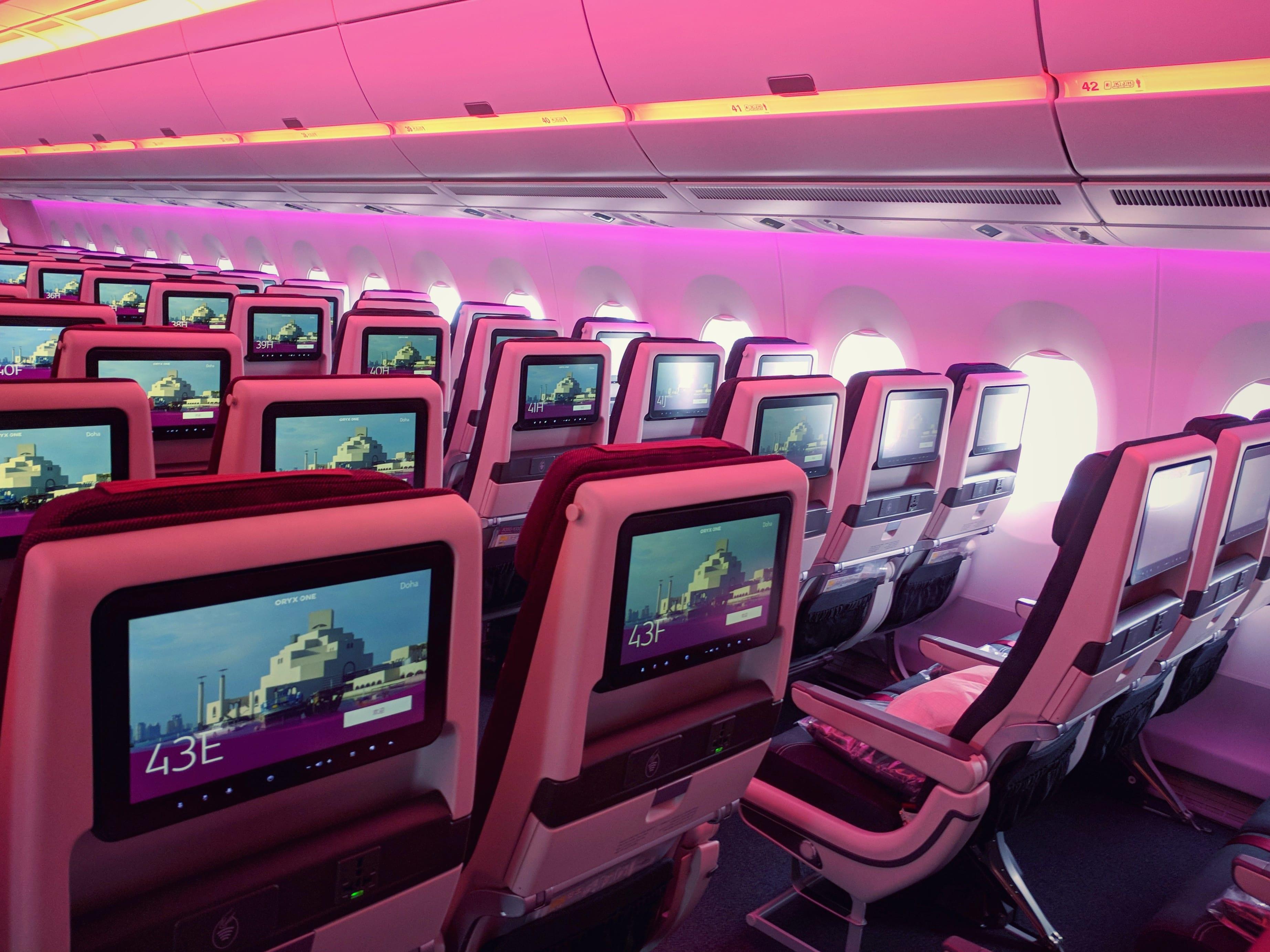 A 360 176 Tour Of Qatar Airways New Airbus A350 1000 God
