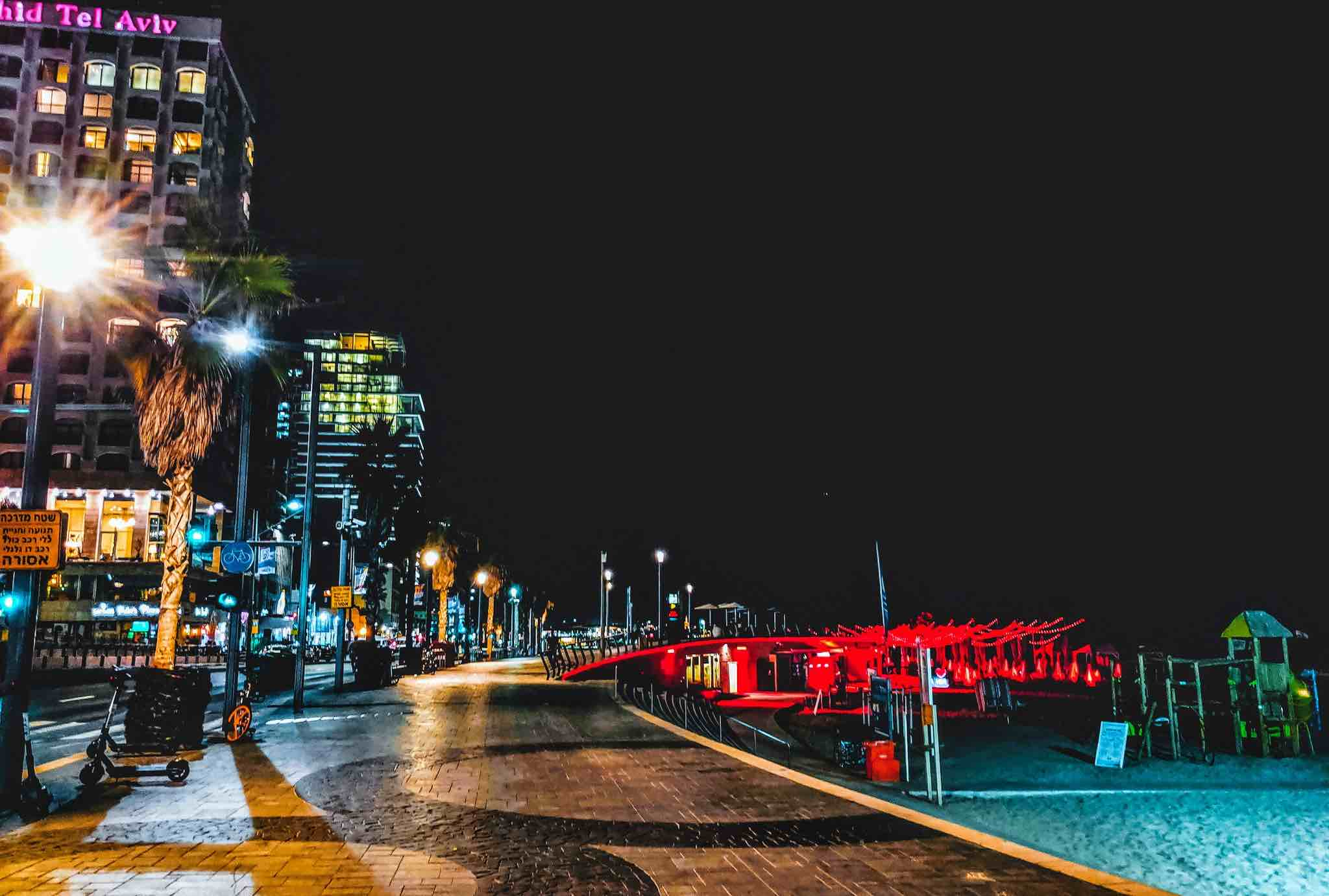 Tel Aviv By Night: How I Fell In Love With The City In 12 Hours... - God Save The Points